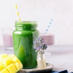 Vegan Green Smoothie (Sweet & Fruity!)