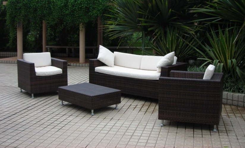 outdoor-wicker-furniture