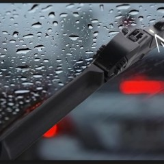 Why Automated Heated Wiper Blades are Essential for Professional Drivers