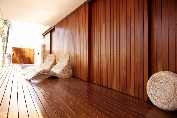 Timber Finishes and Polishing