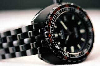 Planning To Buy a Dive Watch? Things You Should Consider