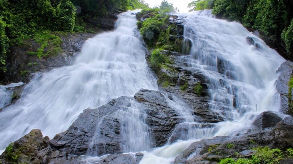 periyakanal waterfall munnar