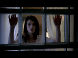 Willa-who-looks-like-Nora, waiting to be kidnapped by Eric. Doesn't she look terrified? Not.