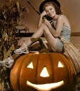Anne Nagel Halloween