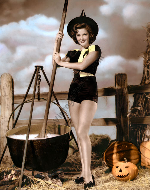 Martha Vickers, Halloween