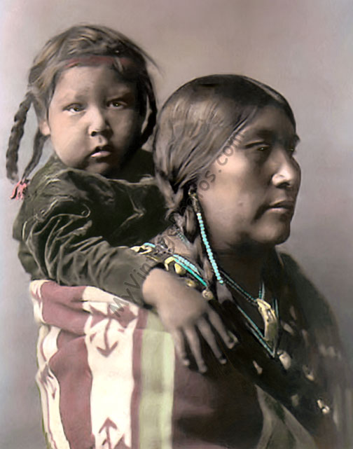 Mother and Child, Crow Native American Indians 1908
