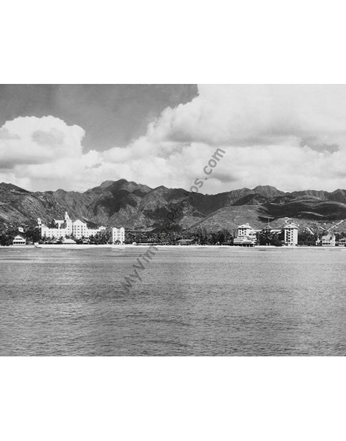 The Royal Hawaiian & Moana Hotels on Waikiki Beach, Oahu Hawaii 1934