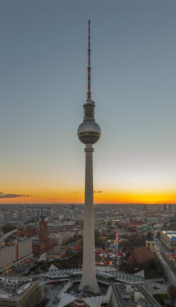 Berliner_Fernsehturm_November_2013