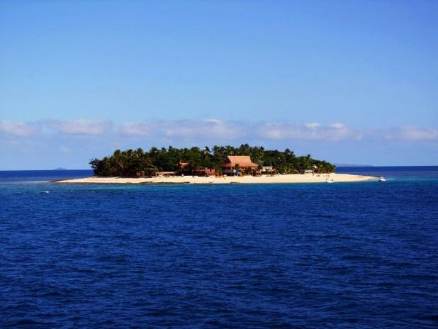Mamanuca_island.jpg