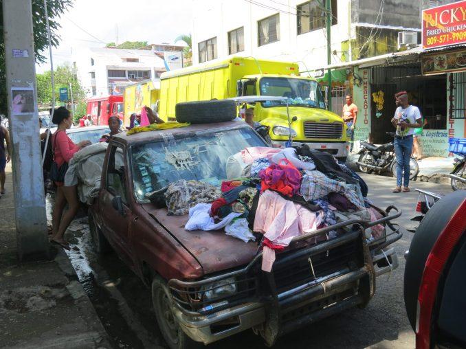 Local vendors in Sosua