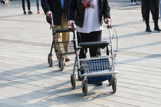 using the best bariatric rollator