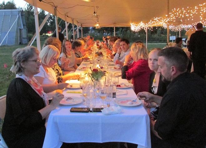 Mywalworthcounty Com Farm To Table Dinner Takes On A New Twist