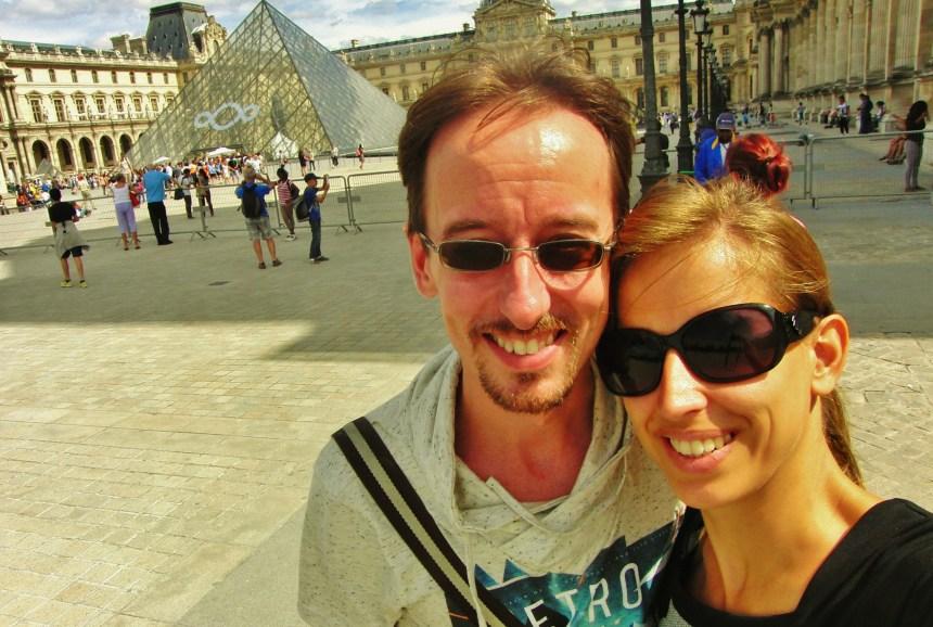Voor het Louvre Parijs Frankrijk