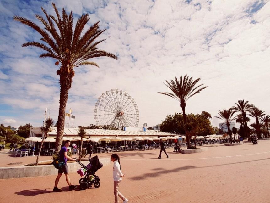 Agadir Marokko boulevard langs het strand