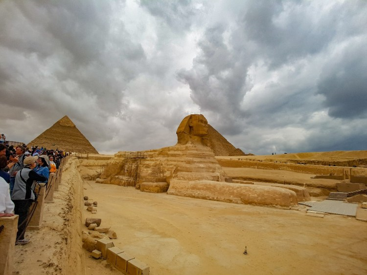 Drukte Piramide van Gizeh Caïro Egypte Sfinx entree