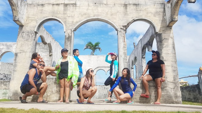 Squad Goals in The Ruins of Bantayan