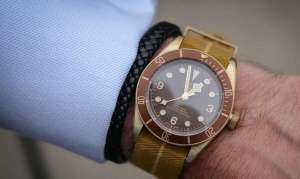 TOP 3 Best modern bronze watches. Especially for patina lovers ..