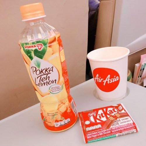 飛行機内のジュース