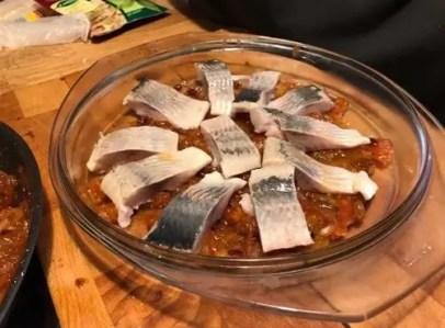 закуска из сельди в томатном соусе