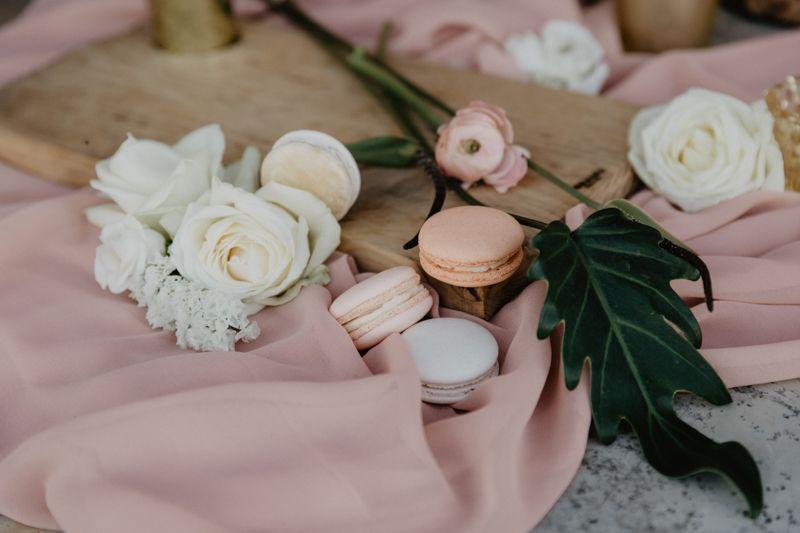 Macarons y flores