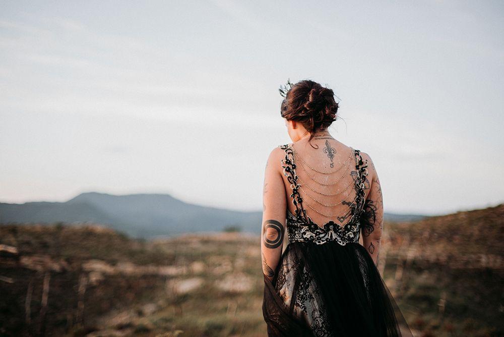 Novia Vestida de negro