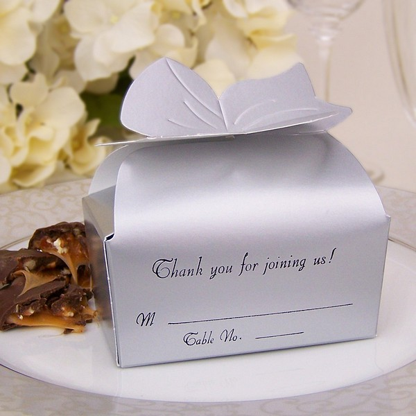 3 X 2 Personalized Bow Top Favor Boxes