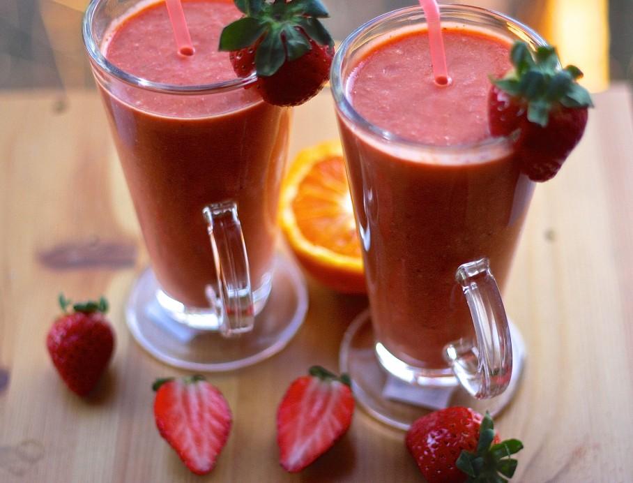 https://i0.wp.com/mywekutastes.com/wp-content/uploads/2015/03/strawberry-smoothies-e1425760583732.jpg?fit=908%2C692
