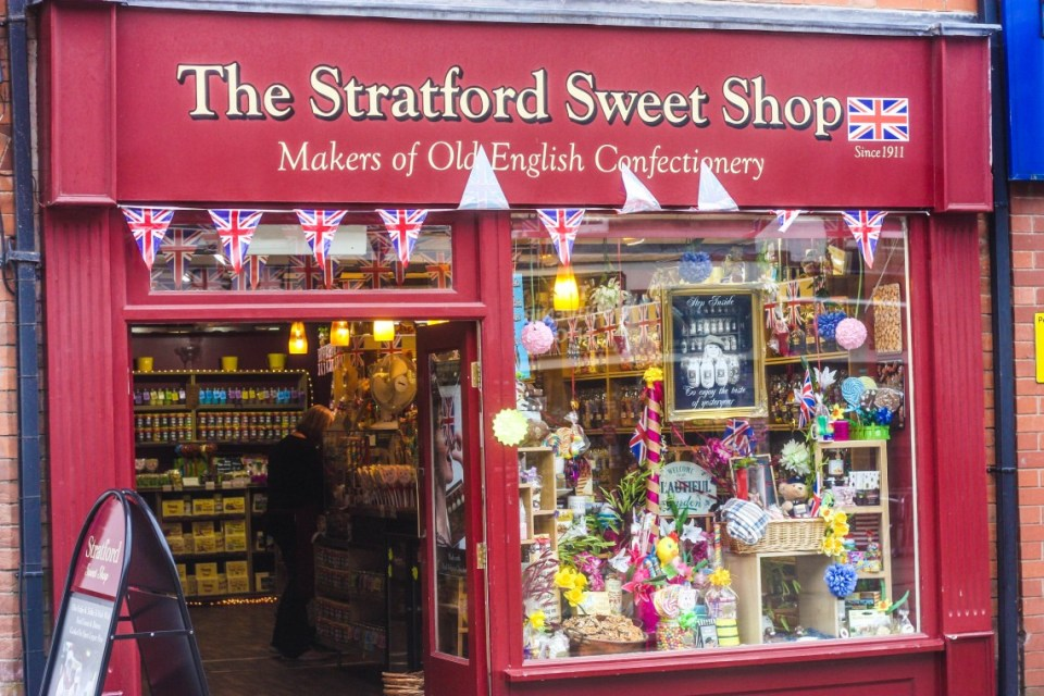 Stratford-Upon-Avon Sunday Waterside Market, England