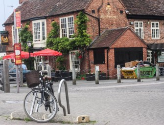 Lone Bicycle Photo Essay: Straford-Upon-Avon, England