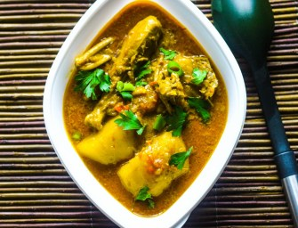 Kuku Paka (East Africa's fine coconut curry)