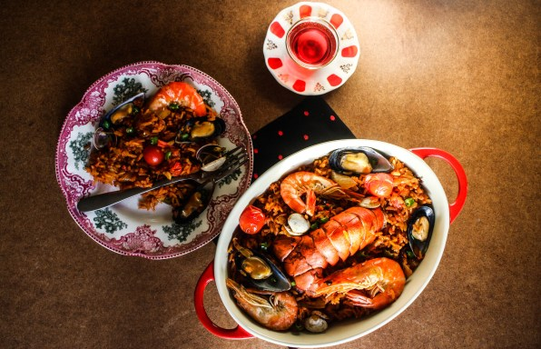 Indulgent Oven-baked sea food jollof rice