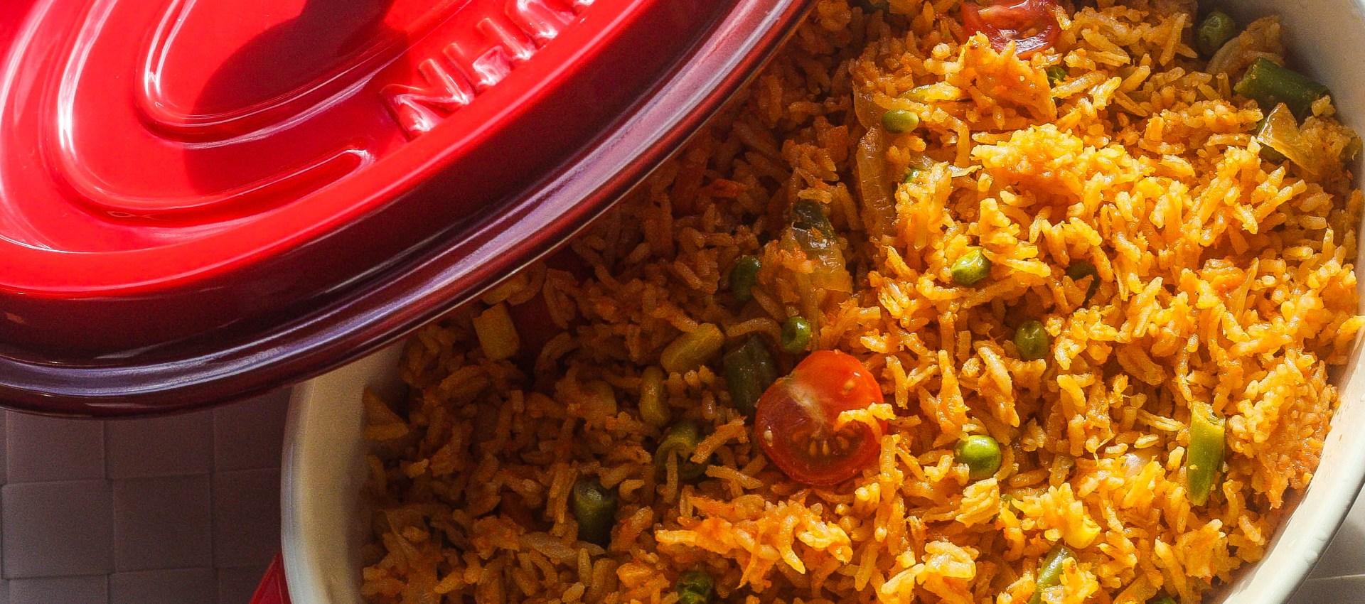 Oven-baked Jollof rice beats jollof rice in a pot!