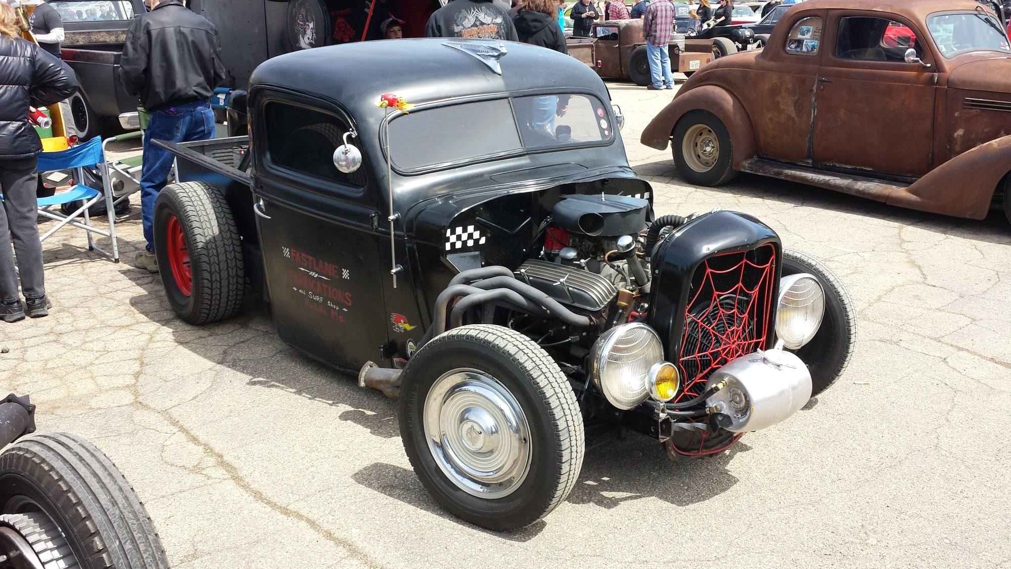 hight resolution of a rat rod with long tube headers