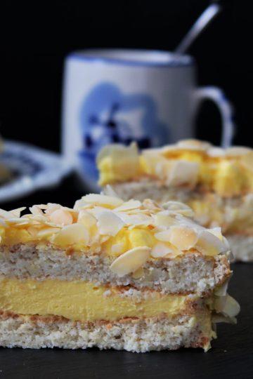 Кето шведска бадемова торта