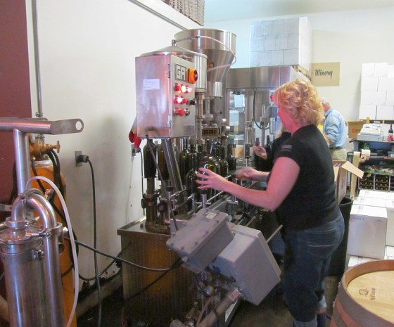 Bottling at Hart Winery