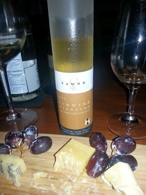 Tawse Riesling icewine 2009 with cheese plate selection