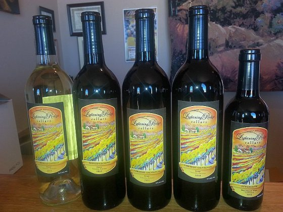 Flight of wines from Lightning Ridge Cellars