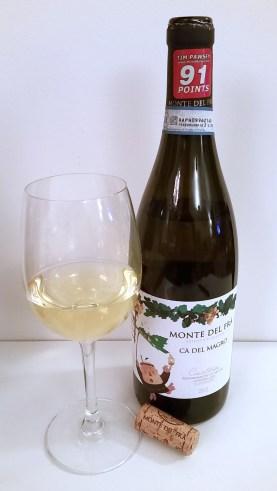 Monte del Fra Ca Del Magro Custoza Superiore DOC 2012 wine in glass