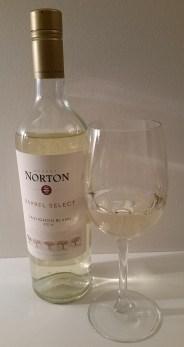 Bodega Norton Barrel Select Sauvignon Blanc 2016 and glass of wine