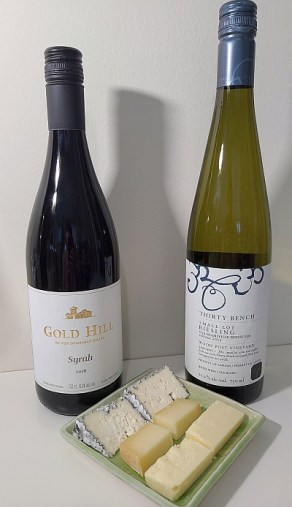 Gold Hill Syrah 2016 and Thirty Bench Small Lot Riesling, Wood Post Vineyard, 2015 wines paired with Cantonnier, Cheddar and Cendre de Lune cheeses