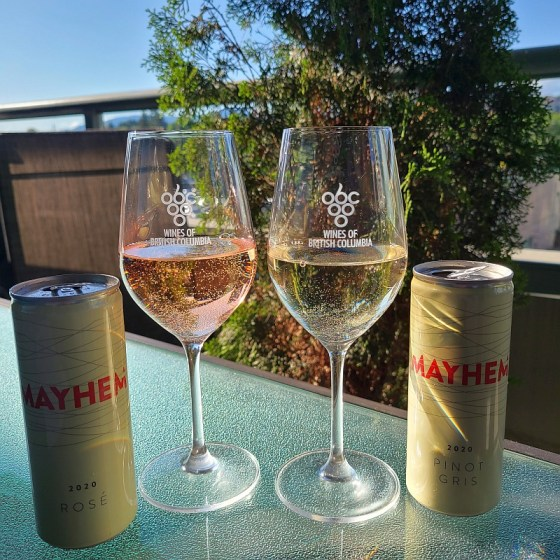 Mayhem Wines Rosé and Pinot Gris 2020 in cans on the patio