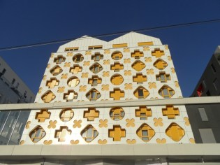 street-art-avenue-saint-denis-104