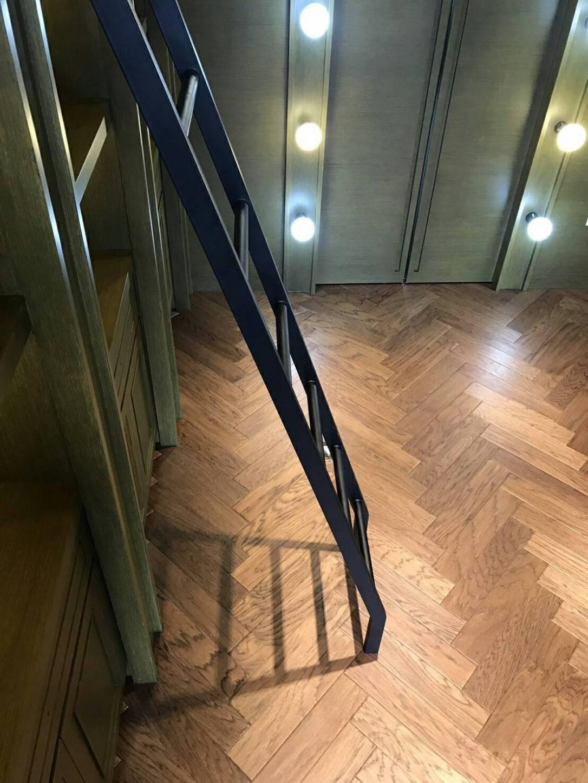 人字拼專用地板 – 手刮海島實木-200T – 貿揚地板