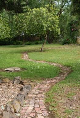 WorldMark Ballarat gardens and grounds