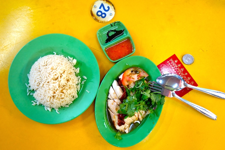 Hainan-Chicken-Rice-Singapur