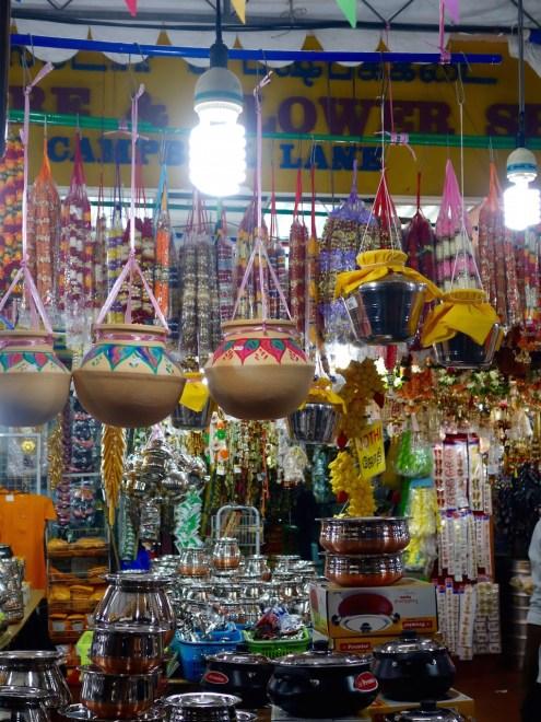neue Töpfe für das Pongal Fest