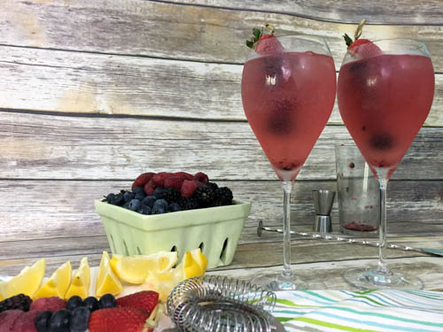 A Berry Good Cocktail with #BerryDelish