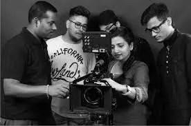 BOWEN ENTREPRENEURS 1.30 - PHOTOGRAPHY/CINEMATOGRAPHY 1