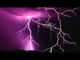 AFRICAN FOLKTALE: THE LIGHTNING AND THE THUNDER 1