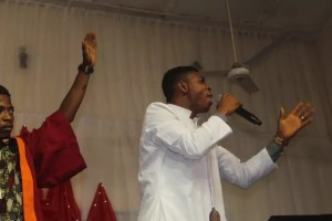 REVIEW: PRAISE THE ALMIGHTY CONCERT - OGUNLEYE OLUWAKOREDE 6